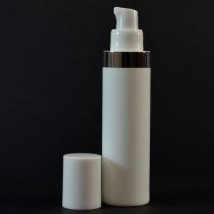 Airless Bottle 50ml White with Shiny Silver Band_2990